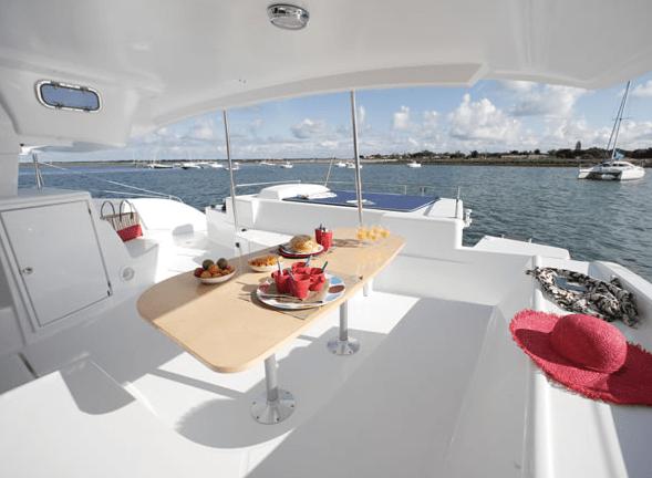 Catamaran Liquid