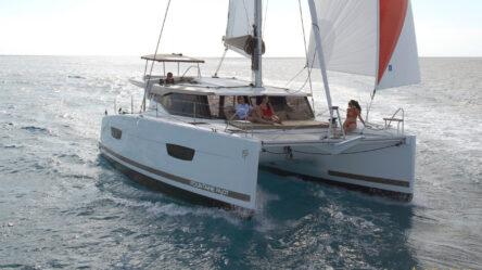 Catamaran Lyubushka