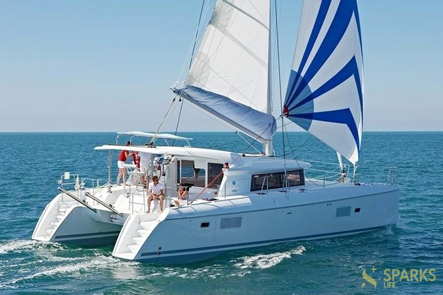 Catamaran MILLY