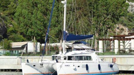 Catamaran TUNCA