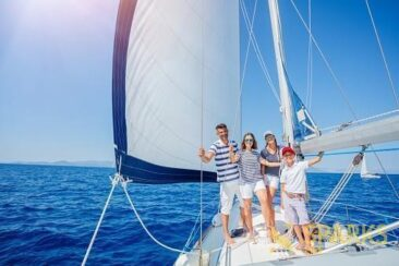 exciting-family-yachting-4