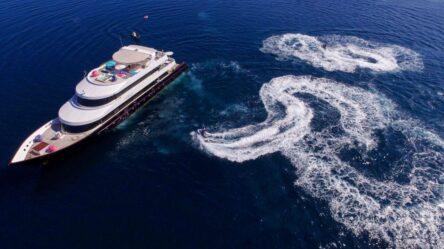 Моторная яхта люкс Azalea (2015)