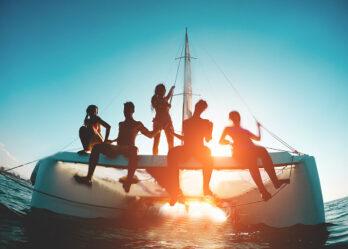 Maldives catamaran cruise