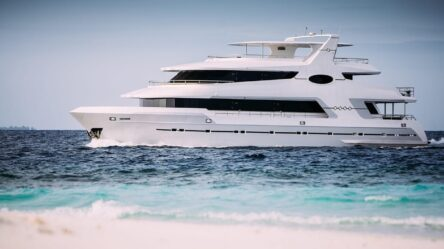 Motor yacht ALICE (exclusive)