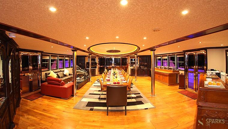 Motor Yacht Dhaainkanbaa