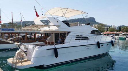 Моторная яхта ELIZA 2