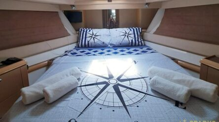 Motor yacht FERETTI