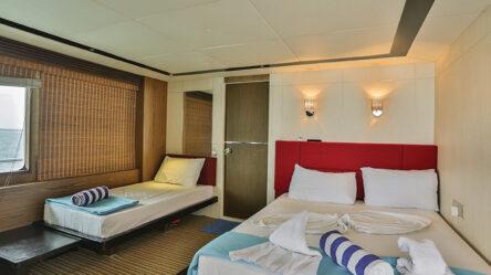 Motor yacht HL33