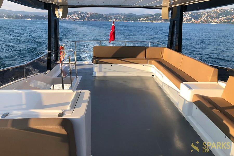 Motor yacht Istanbul 1