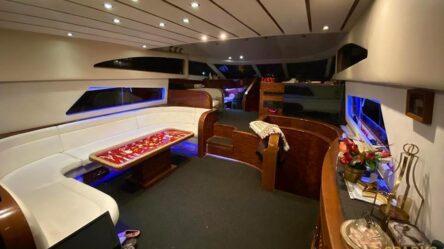 Моторная яхта Istanbul 3