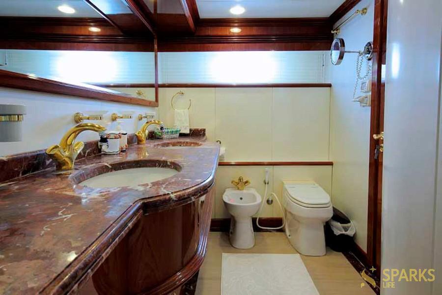Моторная яхта Мona 05-155