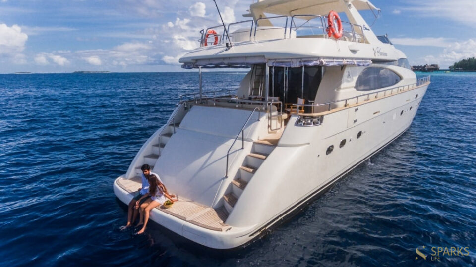 Моторная яхта Nawaimaa