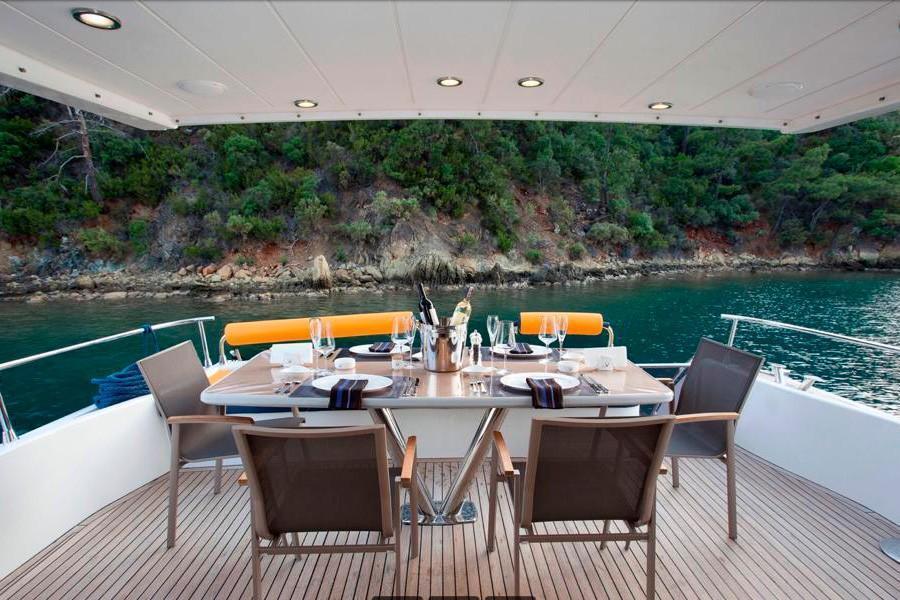 Motor yacht VERNUS