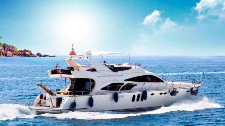 Моторная яхта VERNUS