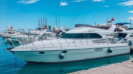 моторная яхта alperen