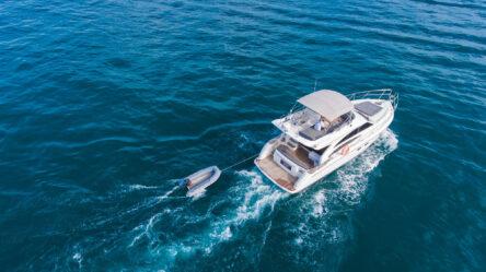 Motor yacht PRINCESS 42