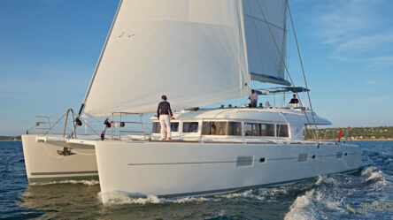 Rent a cabin on the yacht Lagoon 620