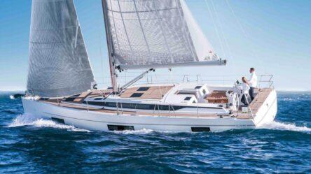 Sailing yacht Bavaria C45