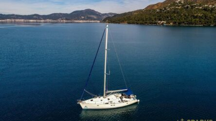 Sailing yacht BURDA