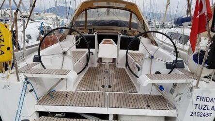 Sailing yacht FRIDAY