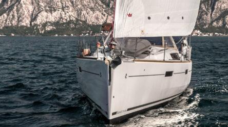 Парусная яхта Twist