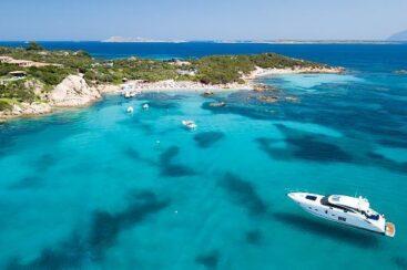 Сардиния – недельный тур на яхте